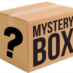 🎁AT LEAST 3 ITEM MYSTERY BOX🎁